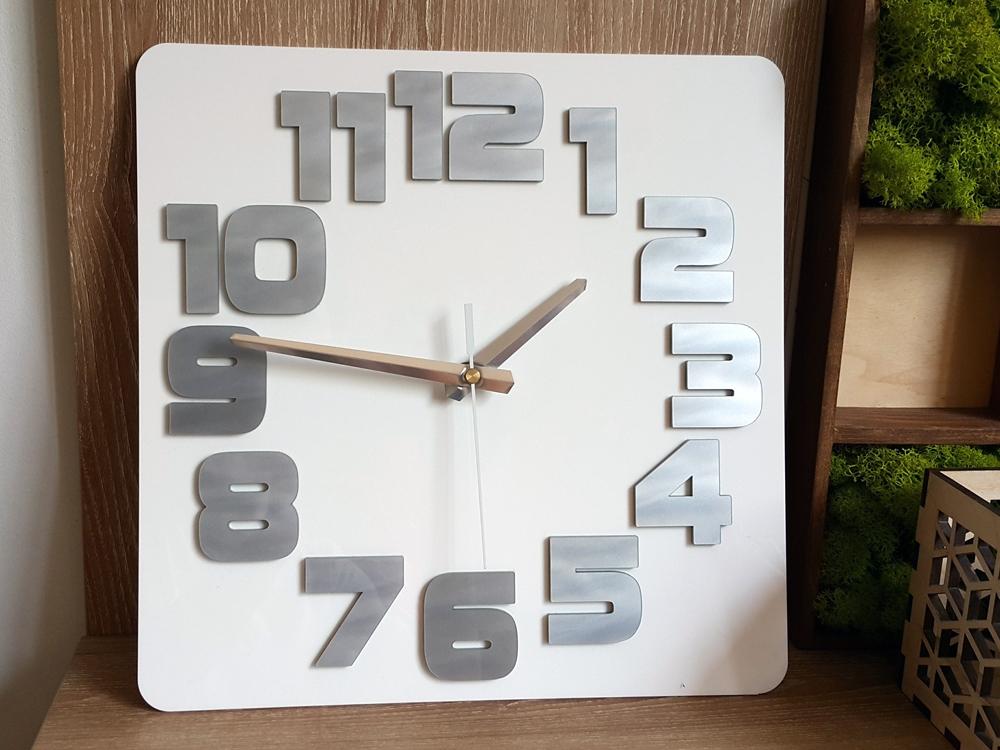 Nástěnné hodiny Logic bílo-šedé